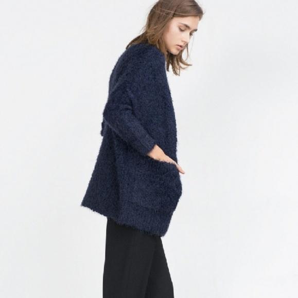 88b17abaf15 Zara Knit Navy Blue Boucle Cardigan